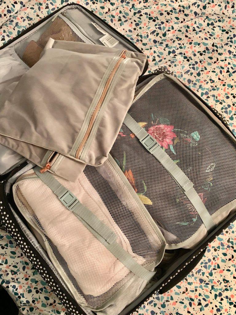 Luggage organisers